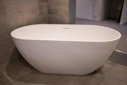 Riho Bilbao vrijstaand bad 150x75 solid surface wit BS12